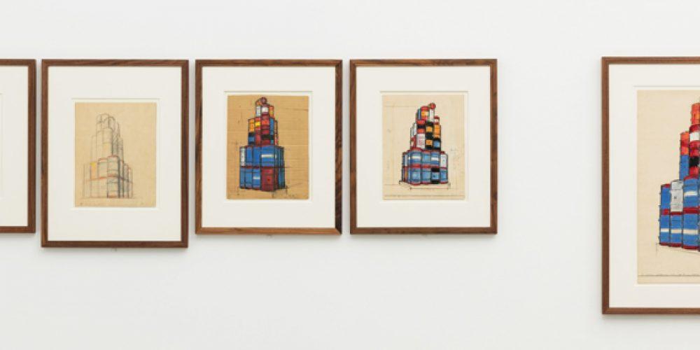 Christo and Jeanne-Claude: Barrels and The Mastaba 1958–2018 v Londýně